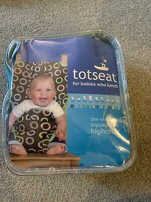 Totseat Portable Washable Fabric Highchair • 2£