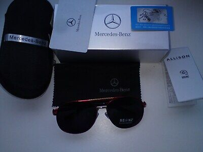 MERCEDES BENZ SUNGLASSES In Hard Case With Wipe • 16£