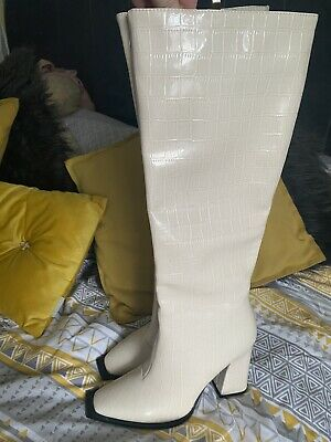 RAID Uk 6 Cream Mock Croc Knee High Boots Barely Worn • 11.40£