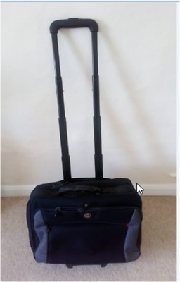 Wenger Swiss Gear Expandable Roller Computer Bag On Wheels • 30£