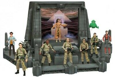 AU799 • Buy Diamond Select Ghostbusters Wave 1-5 (full Rooftop Diorama) And More