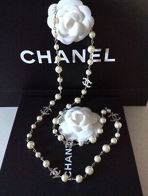 £1950 • Buy CHANEL Stunning White Pearl Silver Classic CC Logo Long Necklace