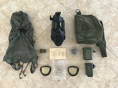 $156.50 • Buy U.S. Army M17 A2 Gas Mask (1982) With Carrying Case And Accessories