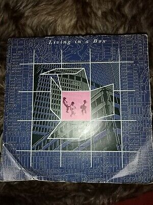 """Living In A Box/ Living In A Box - 7"""" Vinyl Single   • 0.99£"""