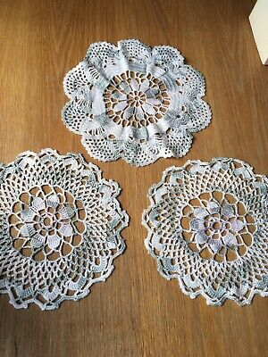 Vintage Crochet Dressing Table Mats: Set Of 3 In White/Grey With A Hint Of Pink • 2.75£