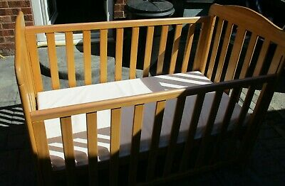Baby's Cot Bed With Mattress Adjustable Base And Drop Side • 30£