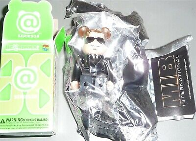 $5.99 • Buy Be@rbrick Series 38 Hero MIB International Agent H 100% Medicom BearBrick LOOSE