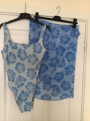 Ladies M & S Swimsuit And Beach Skirt Set Size 14 Blue • 2.99£
