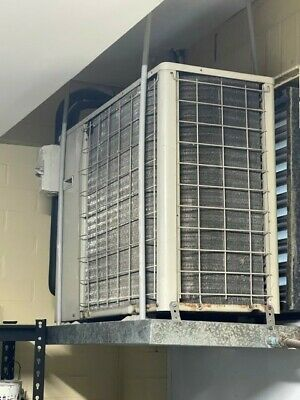 AU550 • Buy Daikin Ducted Air Conditioner Exc Cond Can View Selling Compressor & Wall Remote