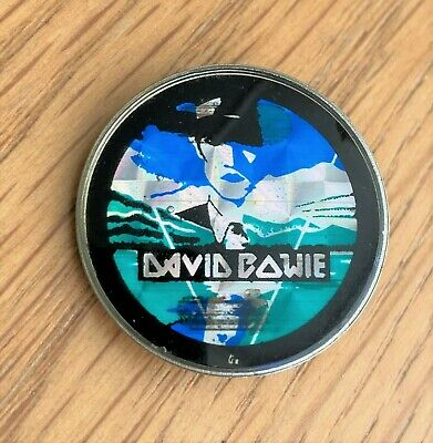 DAVID BOWIE THE MAN WHO FELL TO EARTH VINTAGE METAL PIN BADGE FROM THE 1980's  • 14.99£