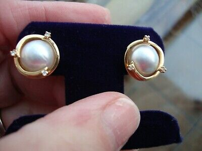 $289 • Buy 14k Vintage Yellow Gold Small Mabe Pearl Diamonds Earrings