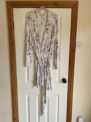 AU7.22 • Buy Ladies Dressing Gown From George Size 20/22