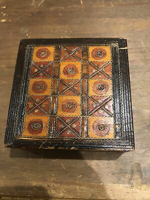 Vintage Small Wooden Jewellery Box  • 2.40£