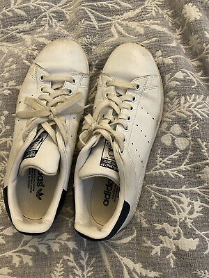 AU15 • Buy Adidas Stan Smith Sneakers; Classic White And Green. Size US8