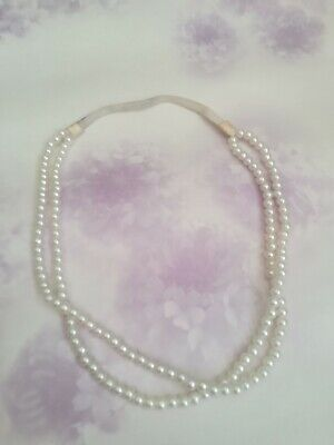 Fake Pearl Necklace • 2£