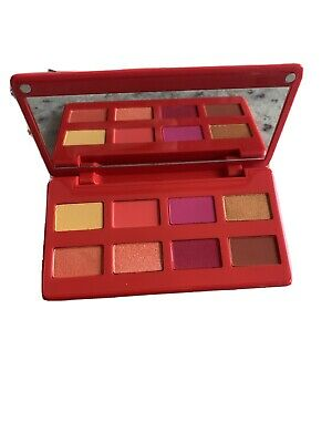 AU7.74 • Buy Caliente Eyeshadow Palette