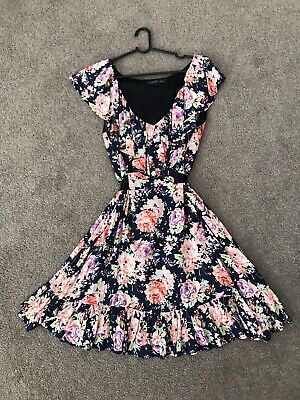 AU10 • Buy FOREVER NEW FLORAL RUFFLE DRESS Sz-8