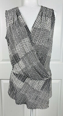 $ CDN19.02 • Buy White House Black Market Sleeveless V Neck Tunic Top Womens Medium Black White