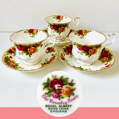 3 Vintage Royal Albert Bone China Old Country Roses Tea Cups Saucers Seconds • 21.95£