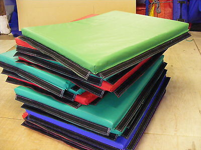 £295 • Buy 6 X  Quality Soft Play Mats 90 X 115 Cm Approx Hook And Loop Together