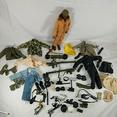 $ CDN68.89 • Buy Lot Of Vintage 12  GI Joe Figure And Acessories From The 1990's