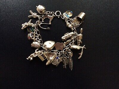 Vintage Silver Charm Bracelet With 27 Charms • 41£