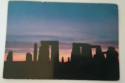 Postcard Of STONEHENGE, Wiltshire • 1.49£