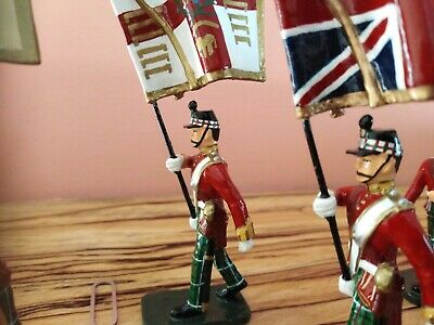 Frontline Toy Soldiers • 25£