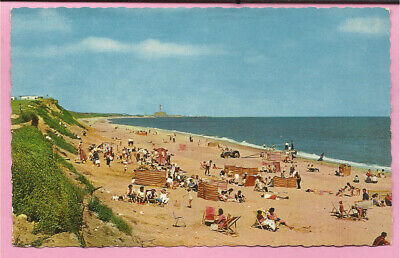 Hopton-on-Sea – The Beach And Cliffs, Norfolk Postcard.  • 2.49£