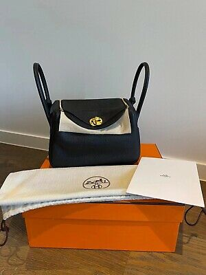 AU12980 • Buy Brand New Hermes Lindy 26 Black And Gold