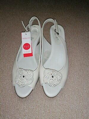 Womens Shoes Size 8 Wide Fit • 6.50£