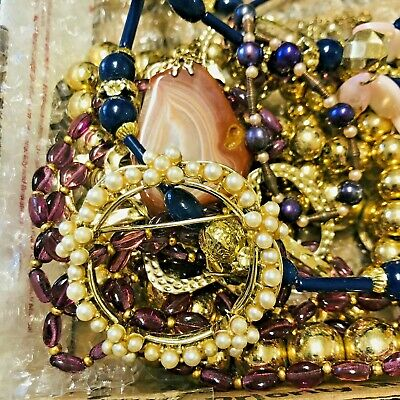 $ CDN12.09 • Buy Vintage To Now Estate Find Jewelry Lot Junk Drawer UNSEARCHED UNTESTED Wear ~Q6