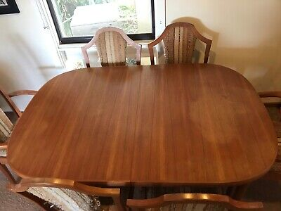 AU500 • Buy Vintage Antique Chiswell Extendable Dining Table And Chairs