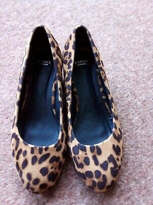 WOMENS SHOES SIZE 7EEE EXTRA WIDE BROWN/BLACK ANIMAL PRINT NEW Jeans Or Smart? • 10£