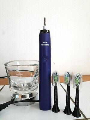 AU80.50 • Buy Philips Sonicare DiamondClean Toothbrush/Chargers/3 X Sonicare Brush Heads