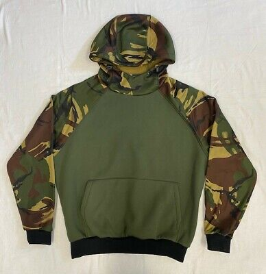 Men's Green Camouflage Hoodie Size Small • 20£