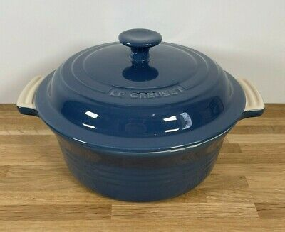 £49.99 • Buy Le Creuset Stoneware Large 23cm   Navy   Casserole Oven Dish   With Lid   NEW