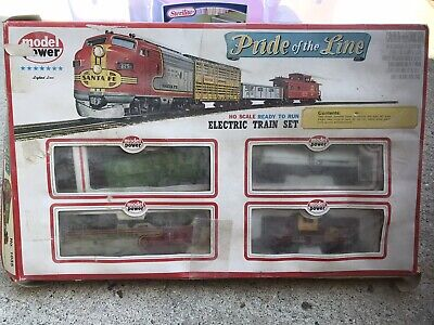 $ CDN30.24 • Buy Model Power Pride Of The Line HO Scale Electric Train Set 1035 With Lighted Loco