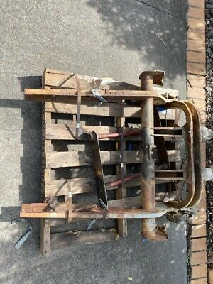 AU1399 • Buy 67 VW Kombi Rear Chassis Cut Including Gearbox Cradle +spring Plates And Axles