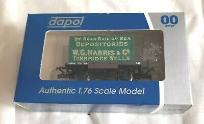 £13.99 • Buy Dapol 4f-037-100 Southern Sr Conflat Wagon 31955 & W C Harris Container Load