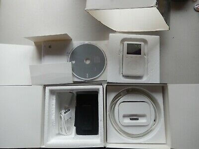 £32.21 • Buy Apple IPod Classic 3rd Generation White 40GB A1040 - AS-IS - *CRACKED SCREEN*