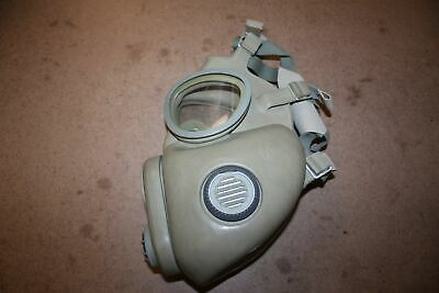$21.99 • Buy Faded/discolored Czech M10 Gas Mask With Inlets And Filter