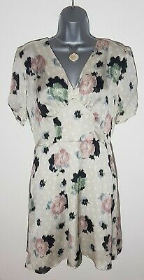 £12 • Buy Topshop Silky V-neck Dress. Size 12. New With Tags!