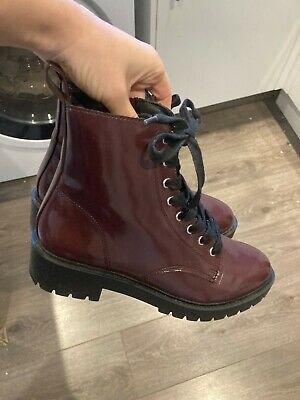£7 • Buy New Look Women's Burgundy Lace Up Boots. Size 5