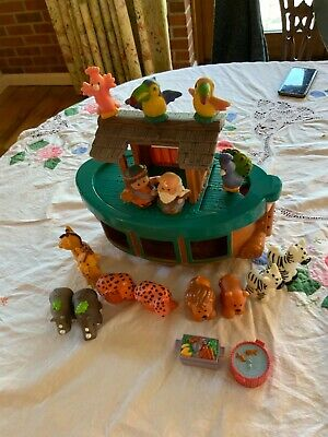 £15 • Buy Fisher Price Little People Noahs Ark + 14 Animals And Mr & Mrs Noah