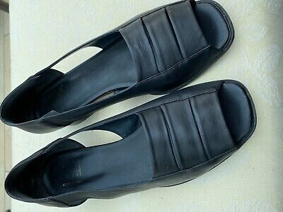 £5 • Buy Riva Open Toed Shoes - Black Size 41