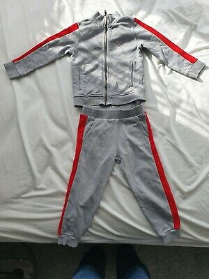 £5.99 • Buy Guess Childrens Tracksuit Age/Size 3 Grey And Red Matching Top And Joggers