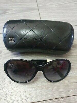 £45.99 • Buy Chanel Sunglasses Black And Beige CC Logo Arm With Case