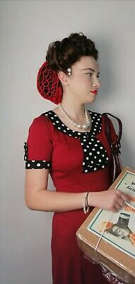£20 • Buy 1940s Dress Used For Tv And Film And Matching Crochet Snood