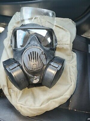 $400 • Buy US ARMY Avon M50 Gas Mask Size LARGE - Excellent Condition With Bag And 2 Filter